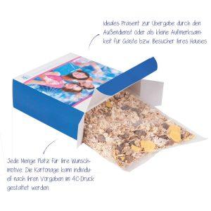 Müsli in bedruckter Kartonage – die bedruckbare Aktionsbox enthält ca. 250 g leckeres Müsli, aromasicher in Folie verpackt.