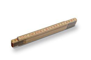 STABILA Serie 600 N-S – eleganter Maßstab mit schlanken Holzlättchen für eine hohe Biegsamkeit im ausgeklappten Zustand.