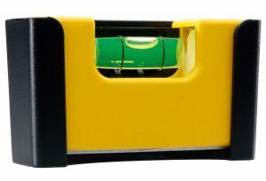 STABILA Wasserwaage Typ Pocket Magnetic – starker Seltenerd-Magnet an der Bodenmessfläche. Besonders geeignet für Arbeiten im Metallbau.