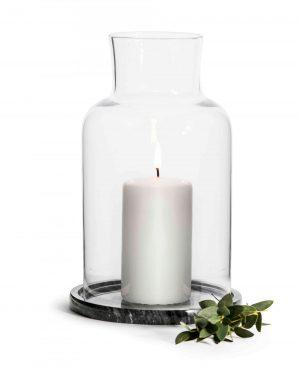 Sagaform Marmor Windlicht – klassisches Windlicht mit schwarzer Marmorplatte.