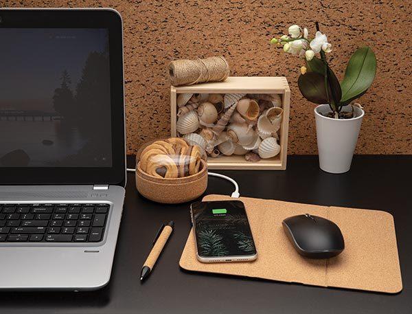 Faltbarer Wireless Charger Mousepad – Werbeartikel im PRESIT Online-Shop mit Logo bedrucken lassen
