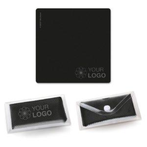 Microfaser-Prägetuch 15x15 cm als Werbeartikel mit Logo im PRESIT Online-Shop bedrucken lassen