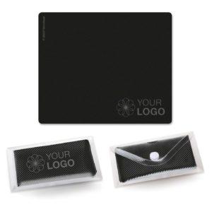 Microfaser-Prägetuch 18x15 cm als Werbeartikel mit Logo im PRESIT Online-Shop bedrucken lassen