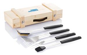 Hochwertiges Grill Give-Away mit Holzbox und Holzbesteck