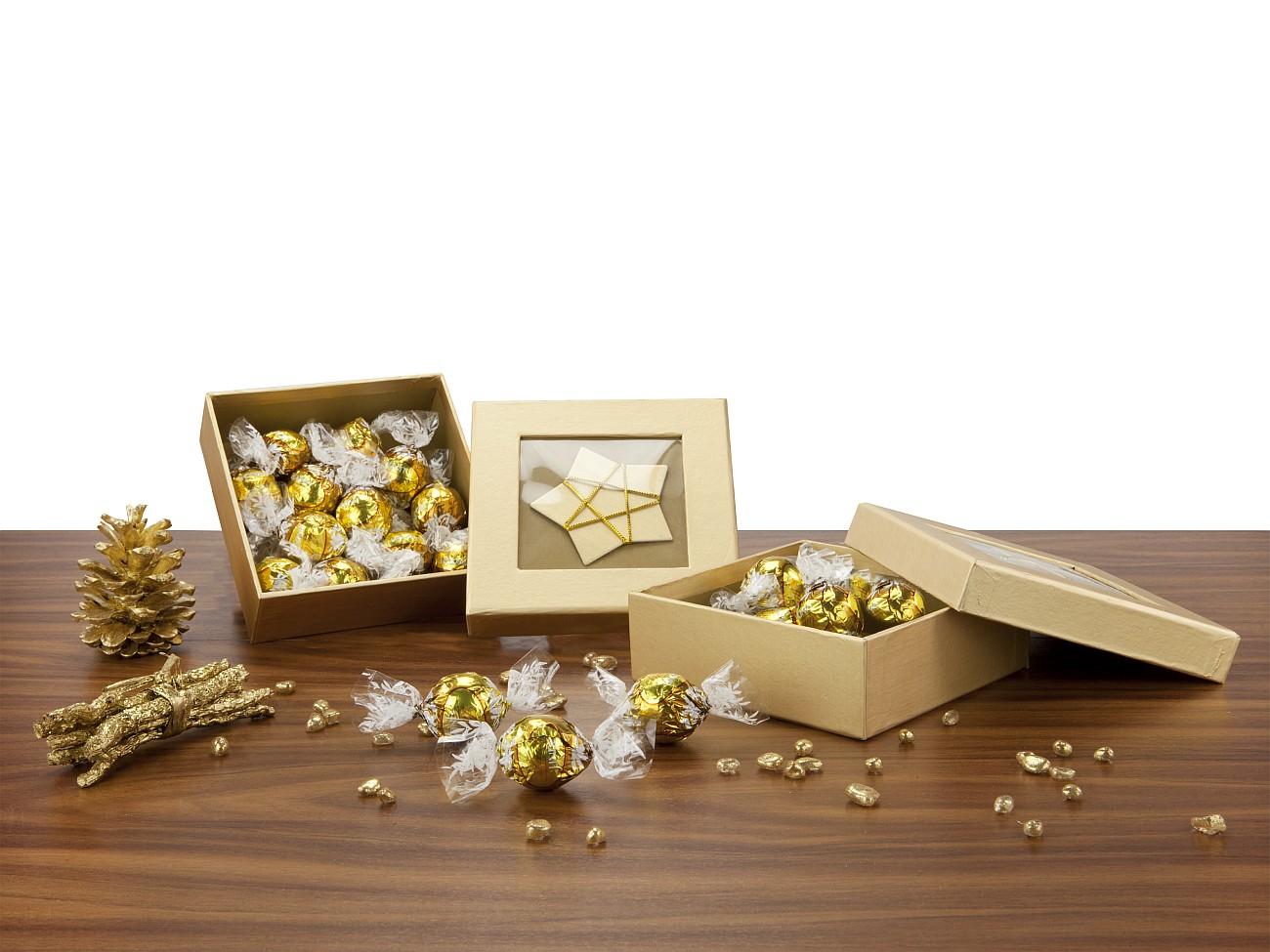 goldene schachtel werbegeschenk zu weihnachten presit. Black Bedroom Furniture Sets. Home Design Ideas