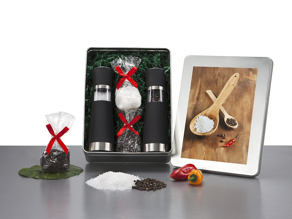 salz und pfefferm hlen set werbegeschenk zu weihnachten. Black Bedroom Furniture Sets. Home Design Ideas